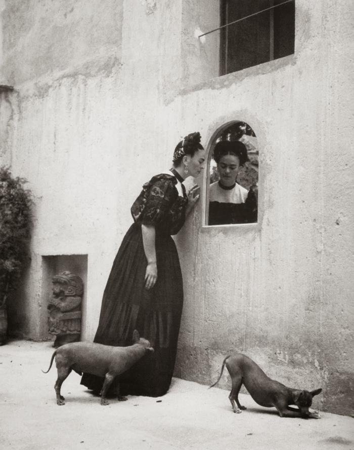 Frida Kahlo, ~1944